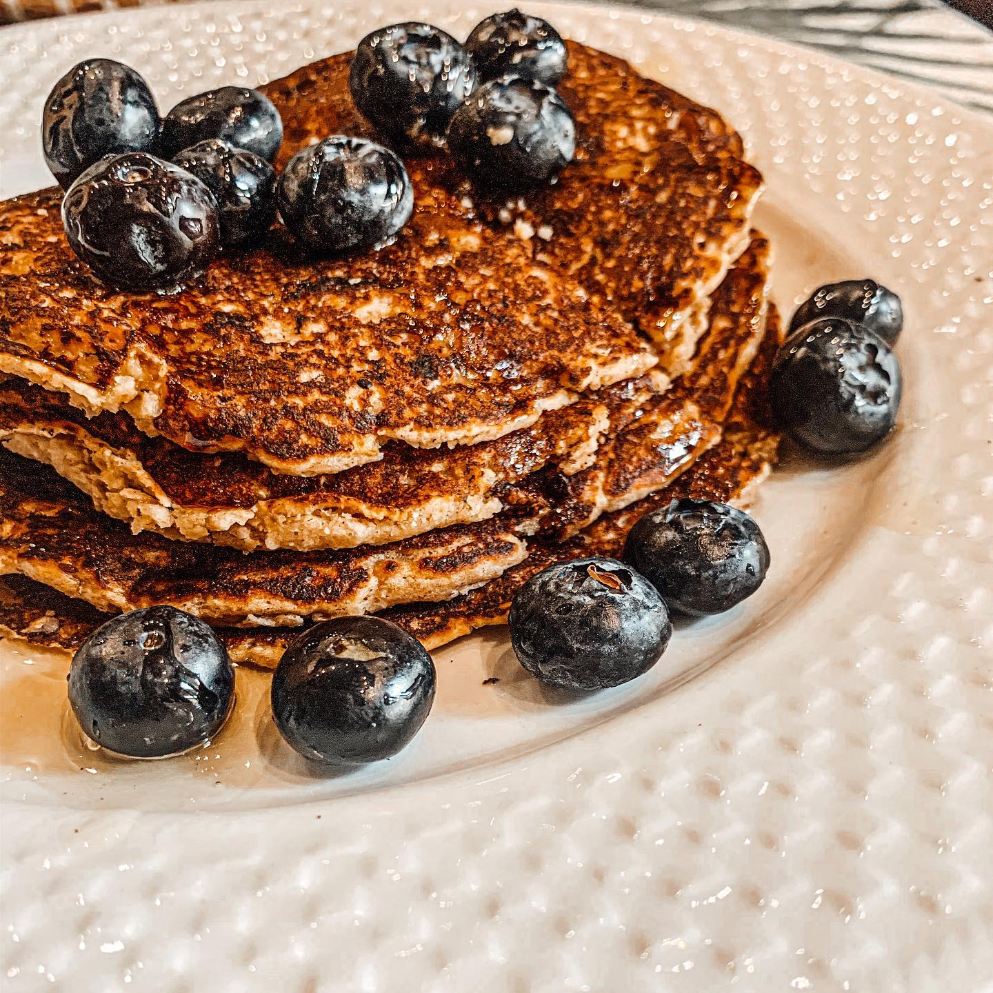 Egg free & Sugar Free Pancake Recipe️ If you are not able to enjoy pancakes because of diet restrictions, I could very well be saving your life right now🙂 These pancakes are absolutely delicious!! I am not able to have regular pancakes with white flour as it hurts my tummy and my husband won't eat pancakes because he doesn't eat eggs. So I have formulated this recipe that helps us both.  There is no white flour, no sugar and no eggs in this recipe. You can enjoy all the goodness and not feel guilty afterwards. Let me know if this is helpful and I will share more recipes like these for you to enjoy ️ 100%healthy and good for the whole family! ———————————————————  Vegan / Vegetarian Pancakes Recipe Ingredients  Step 1 : 60ml water  1 tablespoon flax powder  (Add flaxseed powder to the water and mix well ensuring there are no lumps) This will be your egg substitute- flax egg   Step 2: Then add these to the flax mixture  1 ripe banana 4 tbspns honey or maple syrup if your are vegan 1/2 teaspoon vanilla essence 1 tablespoon of melted butter OR 1 tablespoon melted coconut oil (if you are needing a healthy option)  Step 3: in another bowl add all these and mix together  1/2 teaspoon salt 1/2 teaspoon baking soda  1.5cups oat flour (grind regular oats in a processor or nutribullet to make oat flour)  Mix wet and dry ingredients together - add a bit of buttermilk to get a nice batter consistency (use almond milk if you are vegan)  Method  Preheat a non-stick pan, you'll need low to medium temperature. Cover the surface with coconut oil or butter or spray and cook.  Using a big spoon or a ladle start making small pancakes, leaving some space in between, so that you can flip them easily when ready. When the edges of the pancakes look done and bubbles come up it's time to flip the pancakes, carefully, but quickly. Cook on the other side as well. Serve immediately with your favorite toppings️ I used blueberries and honey - My husband likes whipped cream and strawberries 🥰